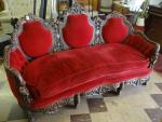 BEAUTIFUL ANTIQUE PARLOR SOFA,WOOD CARVED CHE...
