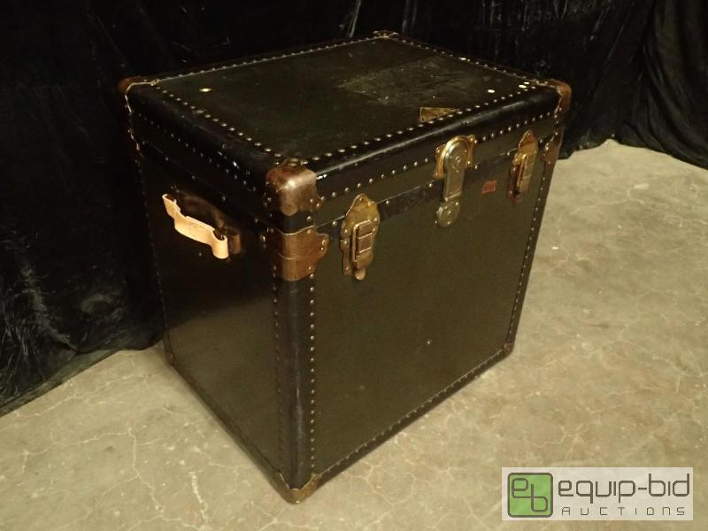Kansas City Trunk Company Trunk | Antique Furniture and Eclectic Art Pieces  | Equip-Bid - Kansas City Trunk Company Trunk Antique Furniture And Eclectic Art