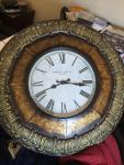 Very nice 2 foot round decorative clock great...
