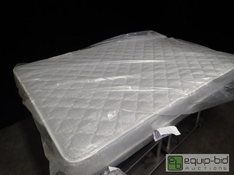 Serta Cee Queen Mattress New And Box Spring Auction Equip Bid