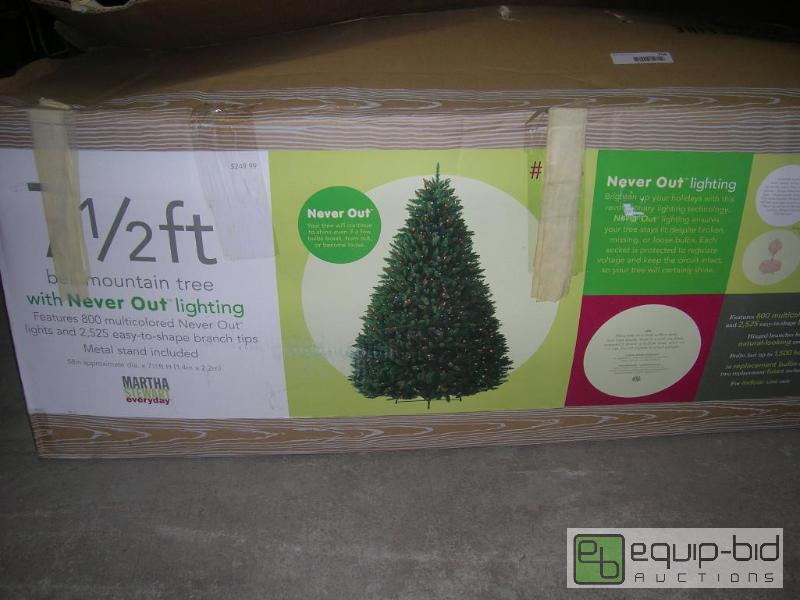 7 5 Ft Martha Stewart Bell Mountain Pre Lit Christmas Tree Cool