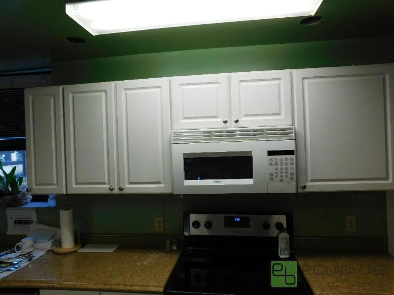 Upper cabinets with microwave douglas county senior for Upper cabinets for sale